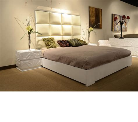 high headboard beds dreamfurniture com temptation high headboard modern bed ariel