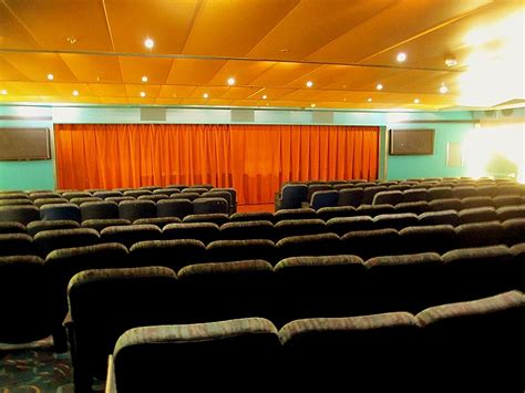 Blue Room Cinema Session Times by P O Cruises Mv Pacific 10 Day Png Cruise Review