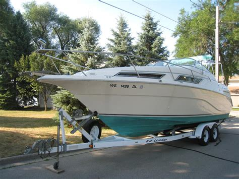 cruisers yachts  rogue powerboat  sale  wisconsin