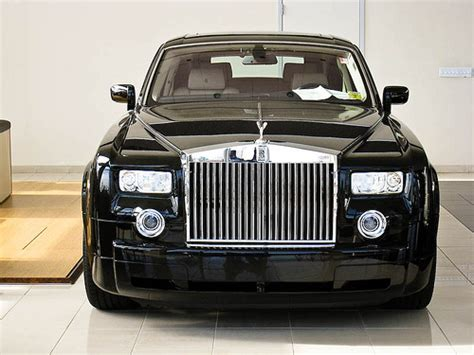 rolls royce dealership rolls royce phantom at the dealership flickr photo