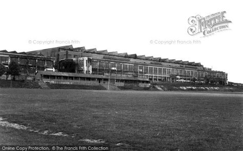 vauxhall luton photo of luton vauxhall motors works c 1955 francis frith