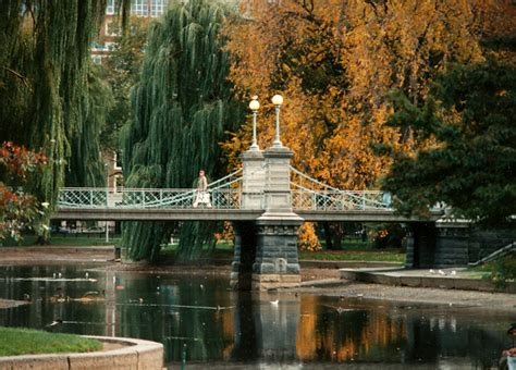 Garden Boston by File Boston Garden Suspbridge Jpg