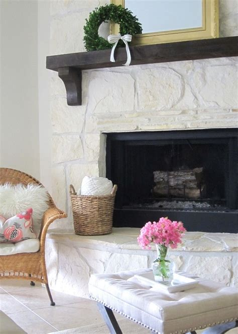Painted Flagstone Fireplace by Best 25 Painted Fireplace Ideas On Painted Rock Fireplaces White Washed