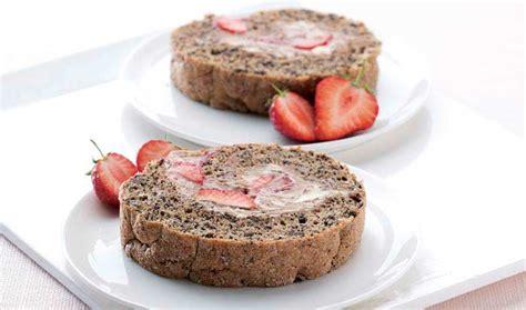 Chocolate Cream Roll With Strawberries Nourishbooks