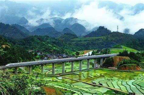 shanghai  kunming high speed railway links tourist