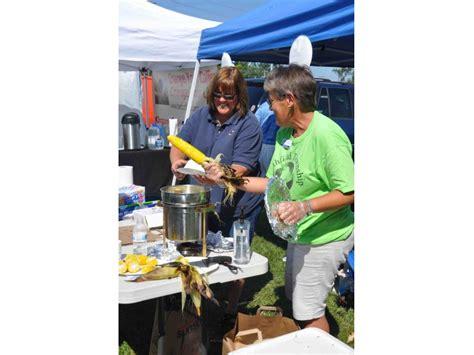 Northfield Township Food Pantry by Northfield Farmer S Market Corn Roast Winnetka Il Patch