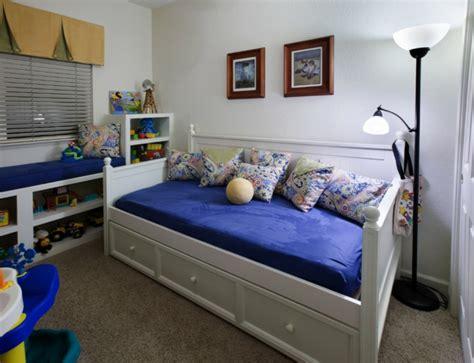 banquette chambre enfant la banquette lit id 233 es pratiques pour l int 233 rieur