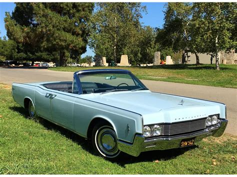 photo1 jpg picture of lincoln 1966 lincoln continental for sale classiccars cc
