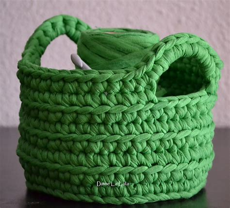 pattern for t shirt yarn basket crochet in color more of your chunky baskets