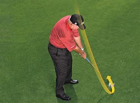 cause of shank in golf swing how to shake the shanks golf digest