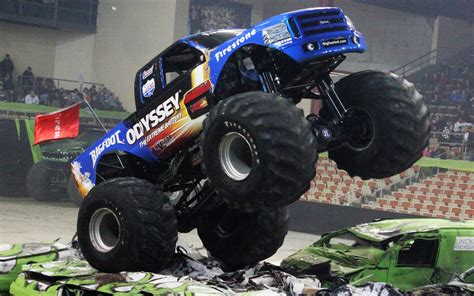 biggest bigfoot monster truck 10 scariest monster trucks photo gallery motor trend