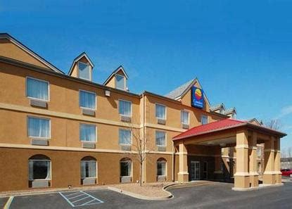 comfort inn and suites louisville airport comfort inn suites airport and expo louisville deals