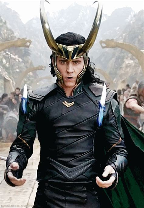 thor ragnarok film loki source thomashiddleston gifs tumblr com first look at
