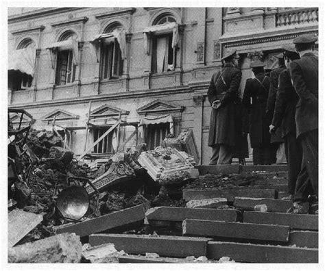algunas plazas de mayo ruloquaglia boludo contemporaneo el bombardeo a plaza de