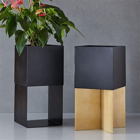 micro trend tall planters