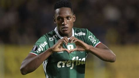 yerry mina barcelona sign yerry mina from brazilian club palmeiras