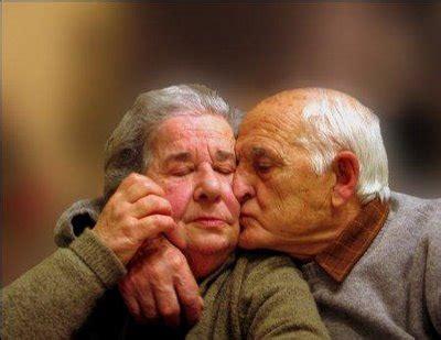 imagenes de viejitos alegres viejitos tiernos no te vayas nunca
