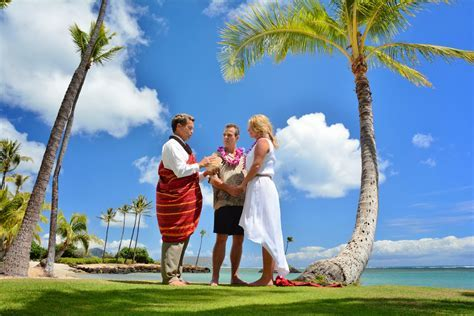 Hawaii Wedding Locations   Beautiful Beach Wedding Sites