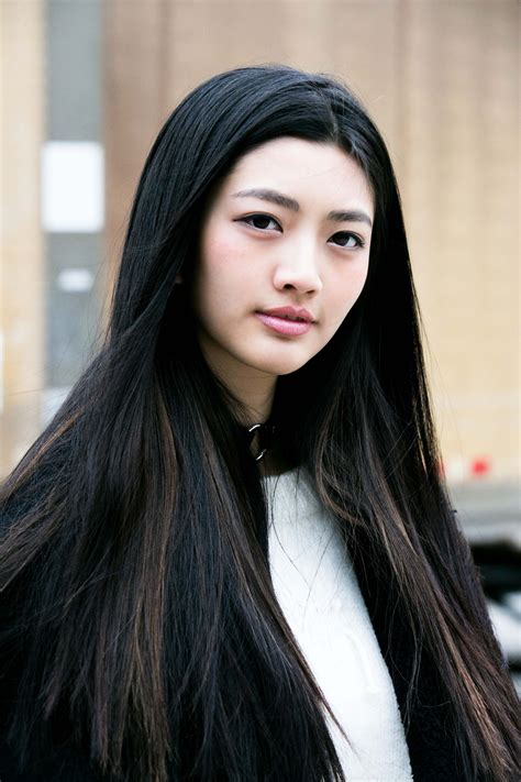 haircuts for japanese straightened hair how does a japanese hair straightening treatment work