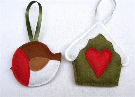 pattern for a felt robin pdf pattern set of two christmas tree ornaments felt