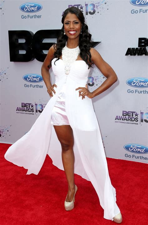 Lala Brown omarosa manigault on the carpet of the 2013 bet awards