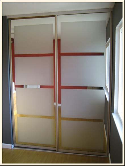 Closet With Mirror Doors Idea Updating Mirrored Closet Doors With Decals Trading Phrases
