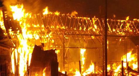 Tabung Gas 3 Kg 2018 rumah terbakar lantaran elpiji 3 kg bocor 2018