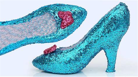 frozen high heels diy how to make frozen elsa play doh glitter high