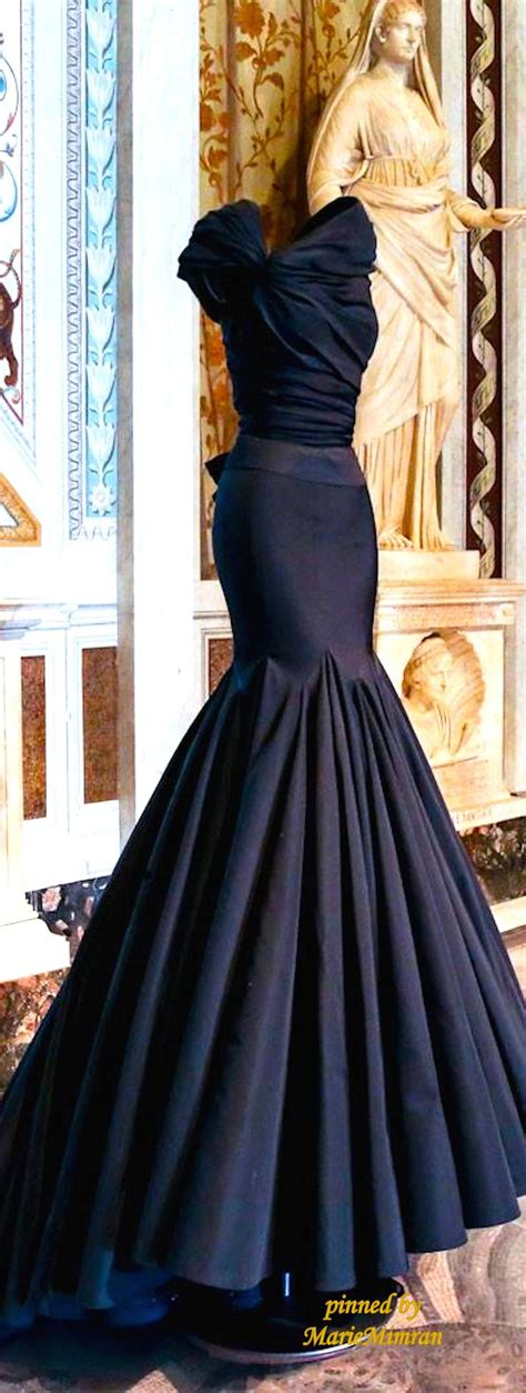 7 Most Amazing Dresses From Chicstarcom by The Most Beautiful Dresses Around The World A Collection