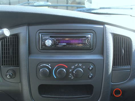 2002 2008 dodge ram 1500 stereo unit replacement