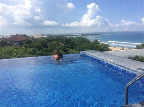 bali infinity pool infinity pool of course picture of citadines kuta