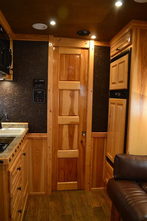 1000 images about living quarters horse trailer ideas on 1000 images about living quarter options on pinterest