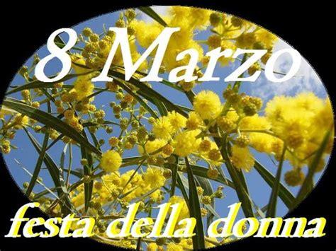 foto 8 marzo fiori la mimosa storia simbolo della festa della donna la