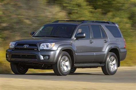 toyota jeep 2009 2005 2010 jeep grand vs 2003 2009 toyota 4runner