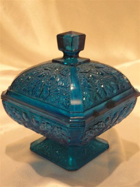leaf pattern depression glass vintage covered candy dish in turquoise teal blue