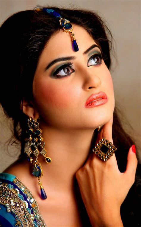 sajal ali photo gallery biography pakistani actress picshub the cutest pakistani actress sajal ali in