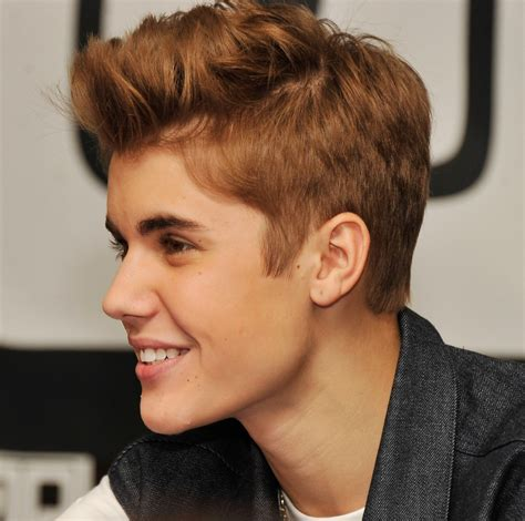 justin bieber autograph signing and fan meet and greet