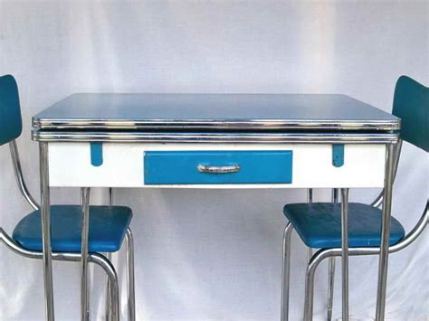 1950s Kitchen Tables Kitchen Remodeling 1950s Style Kitchen Table Classic Way For Your Kitchen Remodeling With