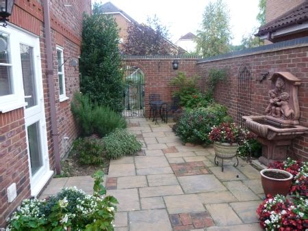 what is a courtyard courtyard gardens marshall landscapes
