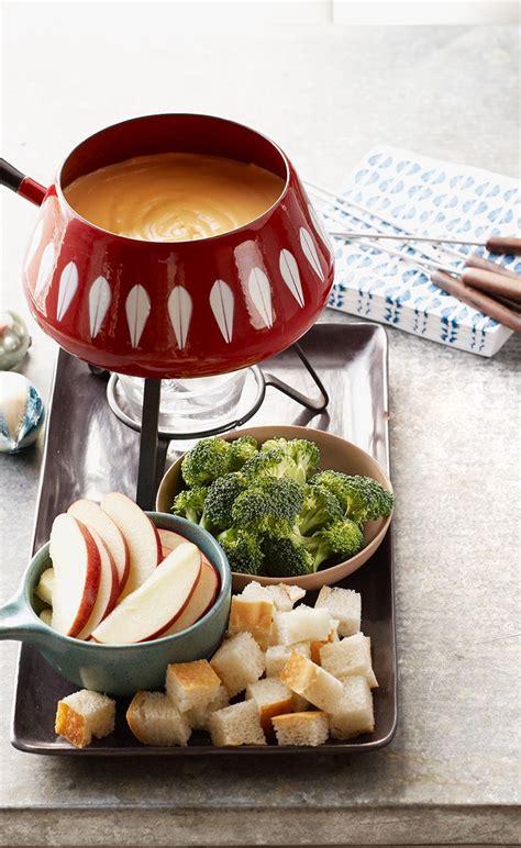 best 25 cheese fondue dippers ideas on pinterest fondue ideas melting pot coq au vin image