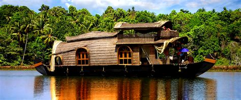 kerala boat house alleppey alleppey houseboating packages boat house alleppey