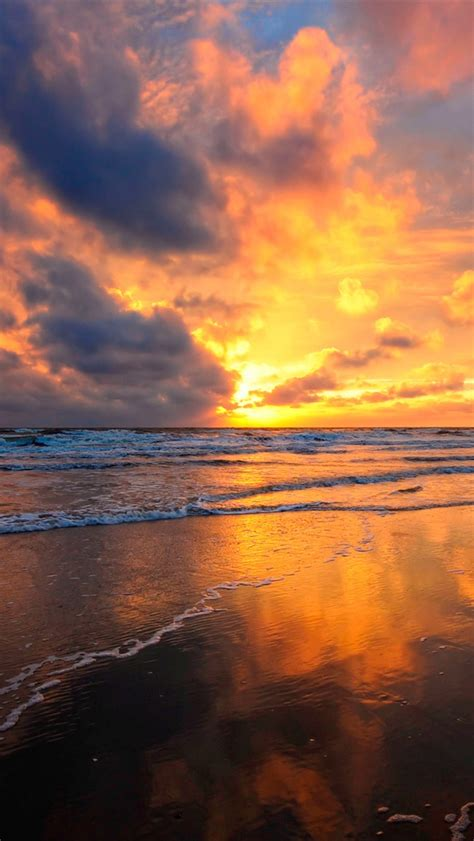 wallpaper for iphone 5 sunset fire red clouds sky beautiful sunset beach iphone
