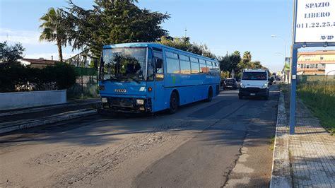 opel italia ufficio reclami incidente tra auto e pullman di studenti un ferito qui