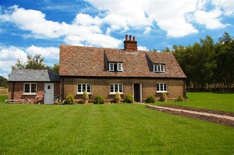 home grass beautiful estate cottage house garden photo