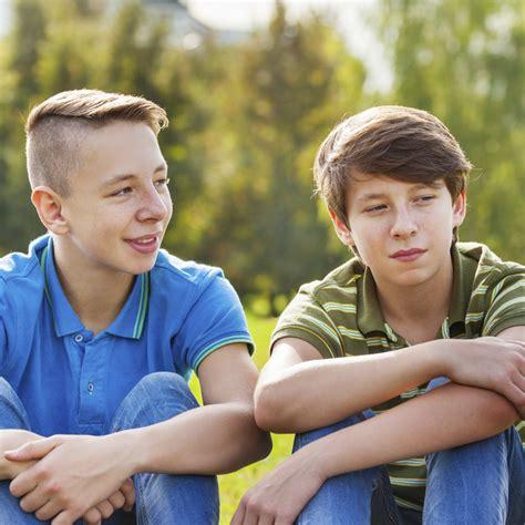 fkk bilder jungs boys kids who photo diese dinge machen einige beste kumpels heimlich wenn