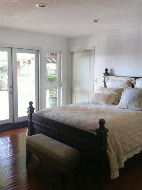 dress   design accessorize  bare bedroom hgtv