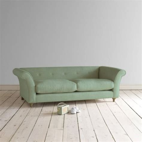 chester style sofa 1000 ideas about sofa chester on pinterest sofa