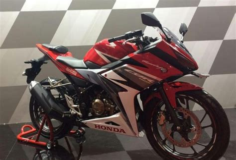 All New Cbr150r Racing by Dunia Otomotif