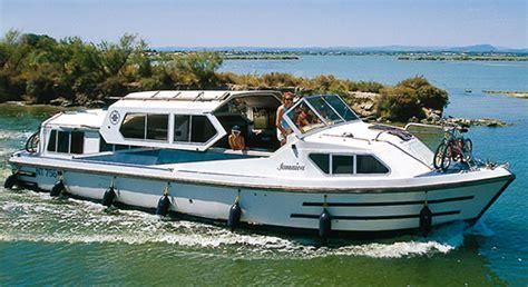 houseboat jamaica hausboot jamaica traditionelles schiebedachschiff