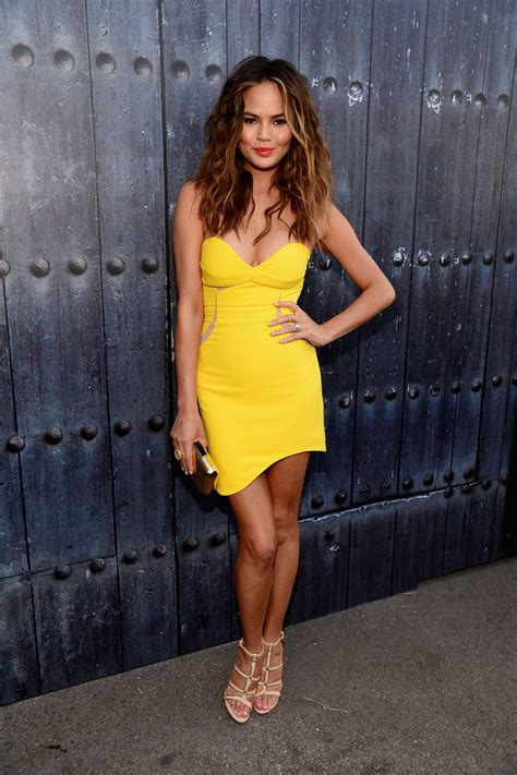 Dress Model Style Impor Yellow Purple Pink chrissy teigen s yellow three floor dress at the spike tv guys choice awards